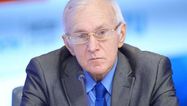 Старший научный сотрудник Центра арабских и исламских исследований Института востоковедения РАН Борис Долгов  - Sputnik Таджикистан