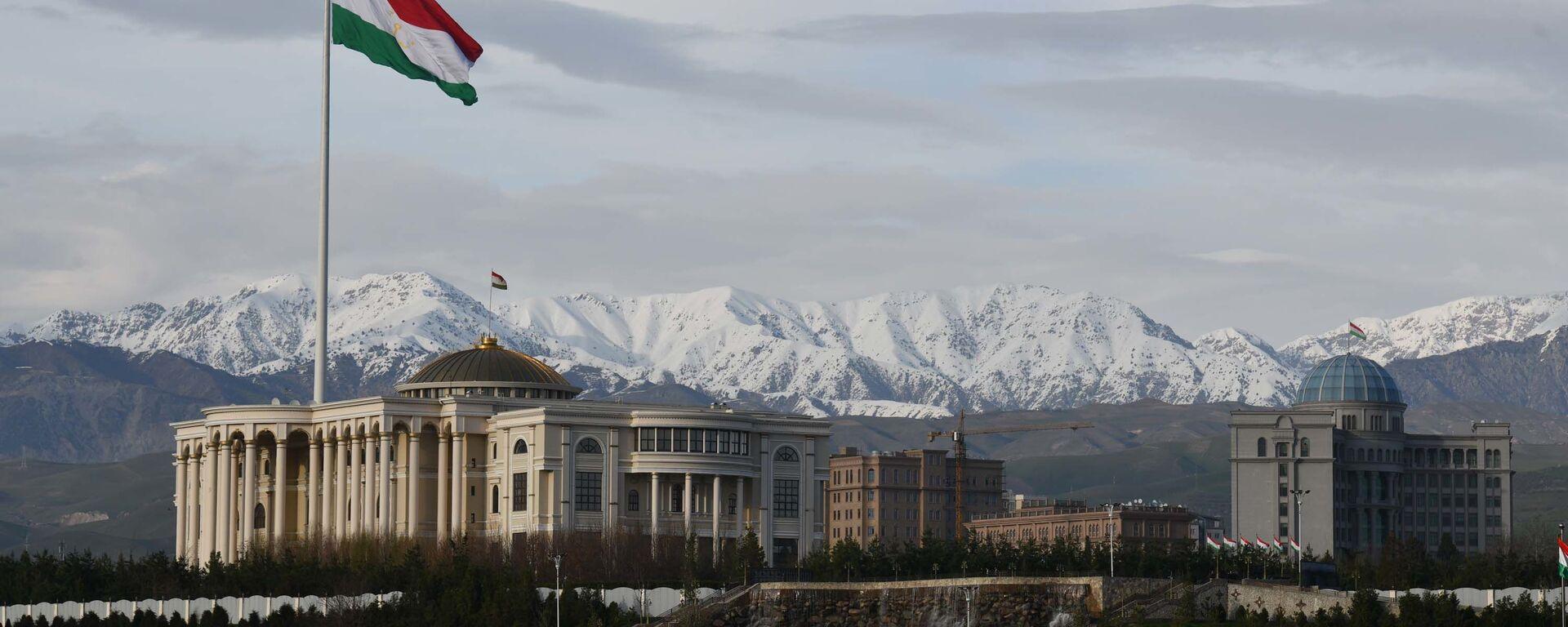 Здание правительства Республики Таджикистан в Душанбе - Sputnik Тоҷикистон, 1920, 09.09.2021