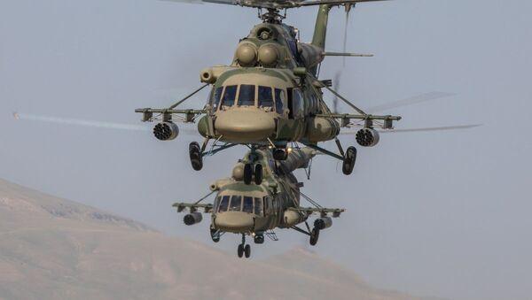 Вертолеты Ми-8 на учениях Нерушимое братство - 2019 - Sputnik Таджикистан