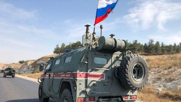 Военная полиция РФ на северо-востоке провинции Алеппо в Сирии - Sputnik Таджикистан