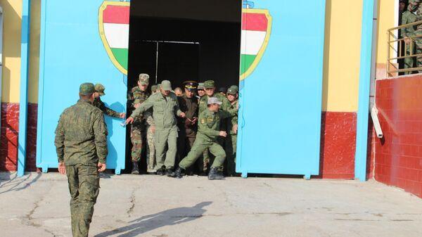 Амнистия заключенных в Согдийской области - Sputnik Таджикистан