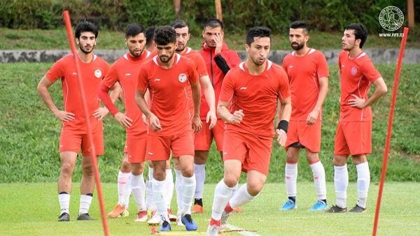 Национальная сборная Таджикистана провела заключительную тренировку в Куала-Лумпуре - Sputnik Таджикистан