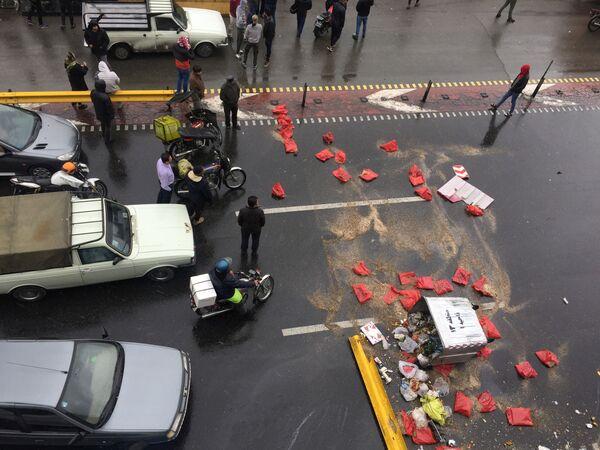 В ходе беспорядков погиб по меньшей мере один гражданин, а также несколько сотрудников правоохранительных органов - Sputnik Таджикистан