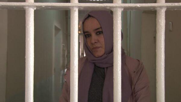 Полиция в Душанбе задержала женщину, подозреваемую в совершении мошенничества - Sputnik Тоҷикистон