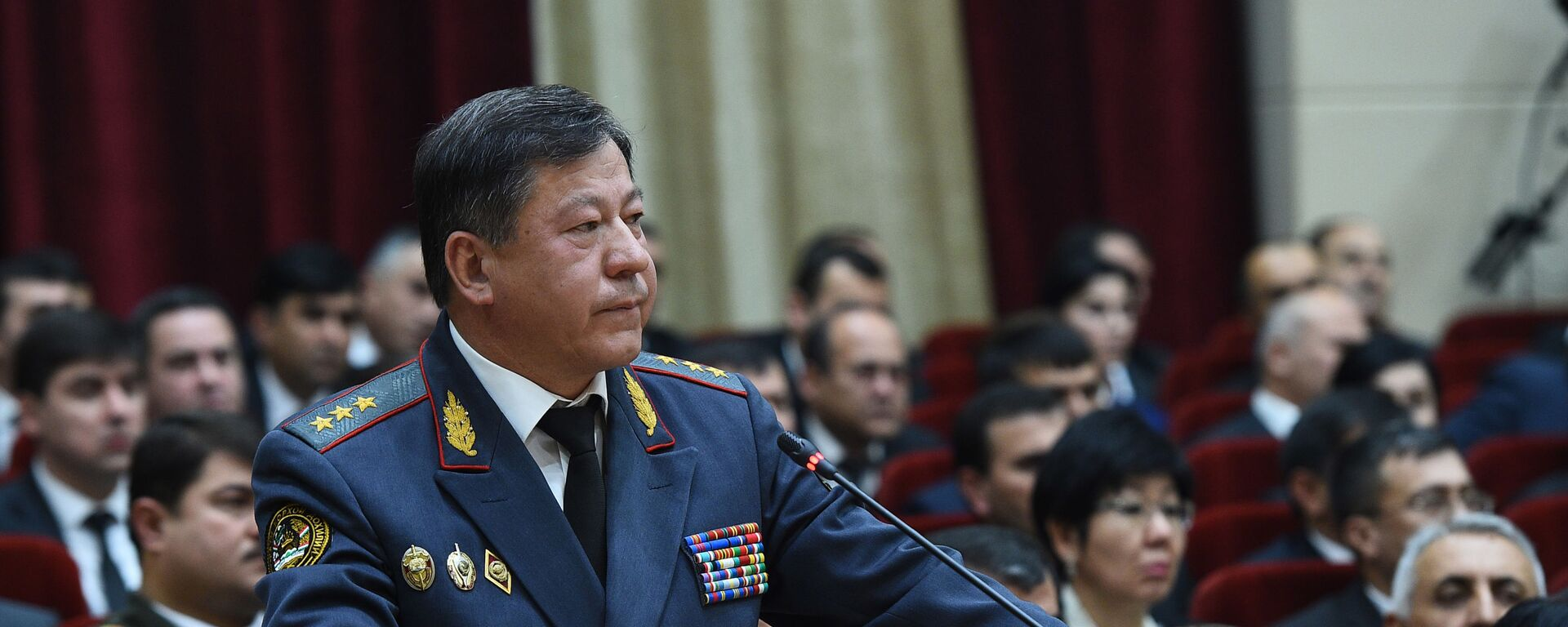 Рамазон Рахимзода, министр внутренних дел Таджикистана - Sputnik Таджикистан, 1920, 25.08.2021