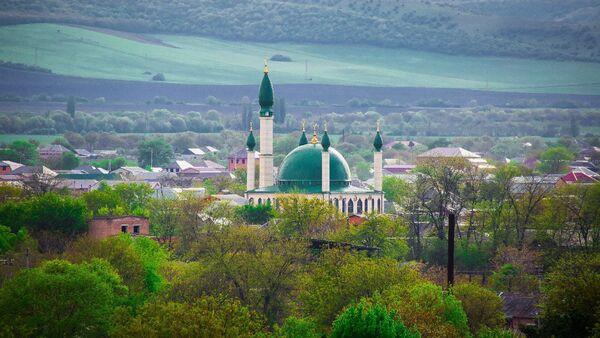 Мечеть в городе Сунже Республики Ингушетия - Sputnik Таджикистан