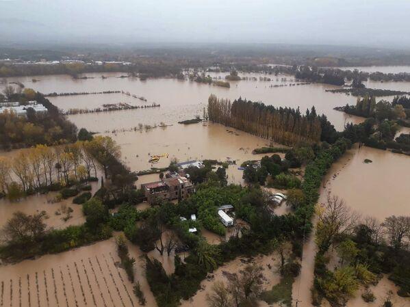 Наводнение в Ле-Люке на юго-востоке Франции - Sputnik Таджикистан