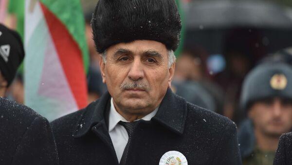 Министр культуры Таджикистана Шамсидди Орумбекзода - Sputnik Тоҷикистон