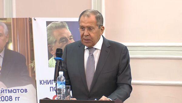 Лавров: Русия кумакашро ба Осиёи Марказӣ қатъ намекунад - Sputnik Тоҷикистон