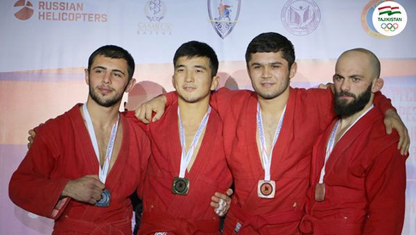 Борец Сорбон Латипов завоевал бронзовую медаль в столице Казахстана на международном турнире по самбо - Sputnik Таджикистан