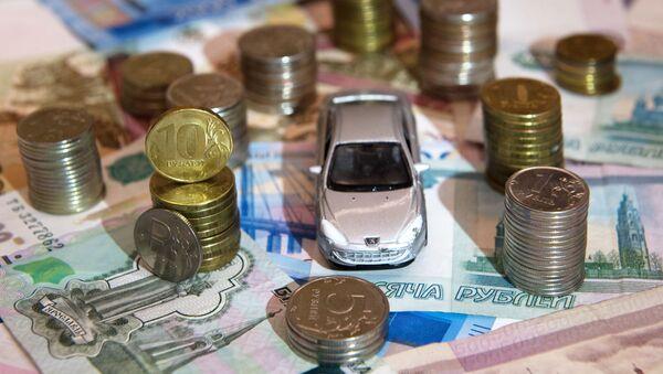 Машинка и деньги - Sputnik Таджикистан