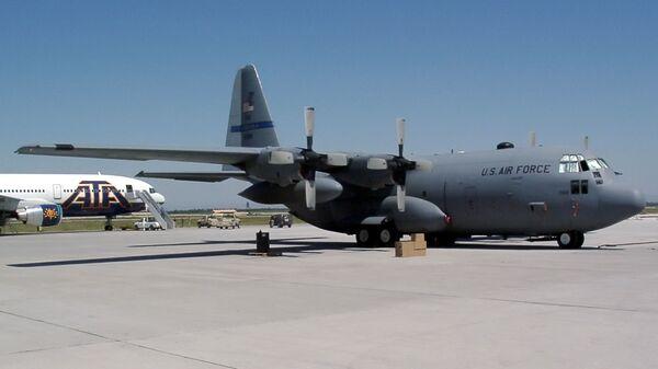Авиабаза Военно-воздушных сил (ВВС) США «Манас» - Sputnik Таджикистан