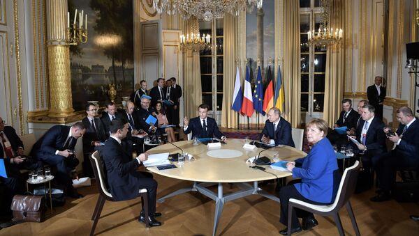 Лидеры Нормандской четверки проводят совместную пресс-конференцию - Sputnik Таджикистан
