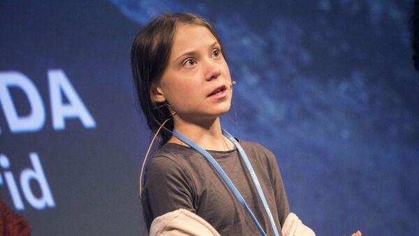 Шведская школьница Грета Тунберг на пресс-конференции перед климатическим протестом Марш за климат в Мадриде.  - Sputnik Таджикистан
