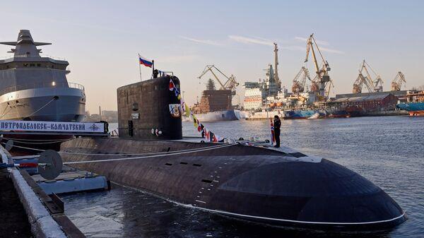 Дизель-электрическая подлодка Петропавловск-Камчатский - Sputnik Таджикистан