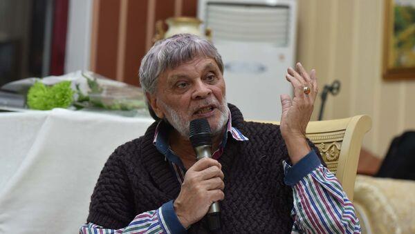 Тимур Касымович Зульфикаров — поэт, прозаик и драматург - Sputnik Таджикистан