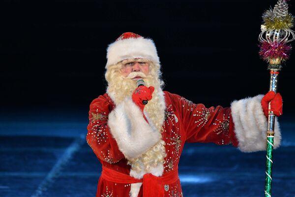 Бобои Барфи на новогоднем концерте в Театре оперы и балета - Sputnik Таджикистан