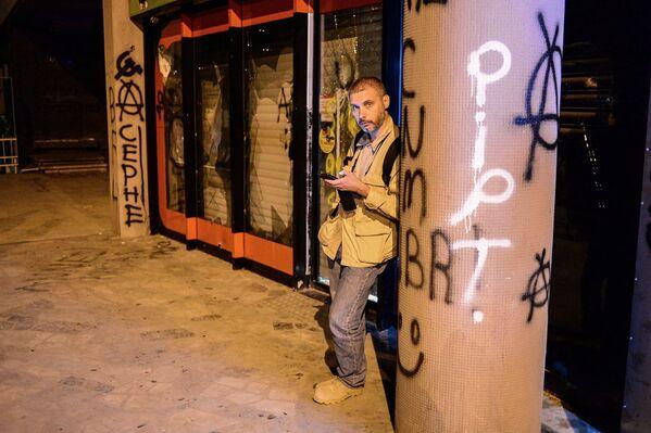 Специальный фотокорреспондент МИА Россия сегодня Андрей Стенин - Sputnik Таджикистан