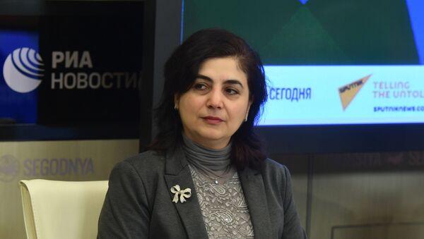 Руководитель отдела экономики Института стран СНГ Аза Мигранян - Sputnik Тоҷикистон