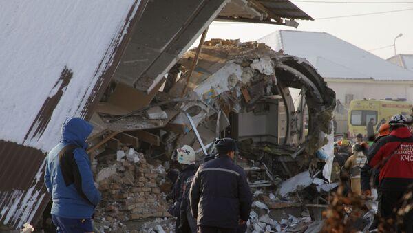 Крушение пассажирского самолета в Казахстане - Sputnik Тоҷикистон