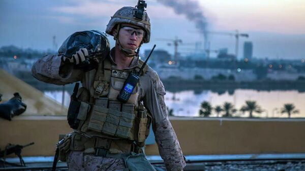 Американский морской пехотинец на территории посольства США в Багдаде, Ирак. 4 января 2019 - Sputnik Тоҷикистон