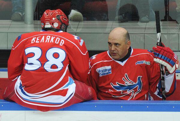 Игроки российской команды Сергей Беляков и Михаил Мишустин - Sputnik Таджикистан