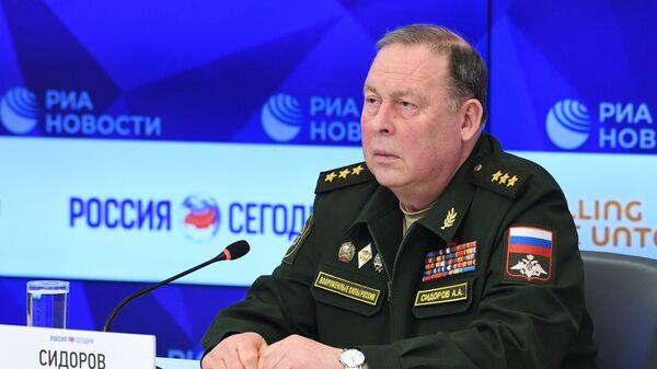 Начальник Объединенного штаба ОДКБ генерал-полковник Анатолий Сидоров - Sputnik Тоҷикистон