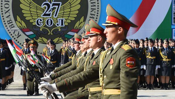 Парад ВС Таджикистана к 23 февраля - Sputnik Тоҷикистон