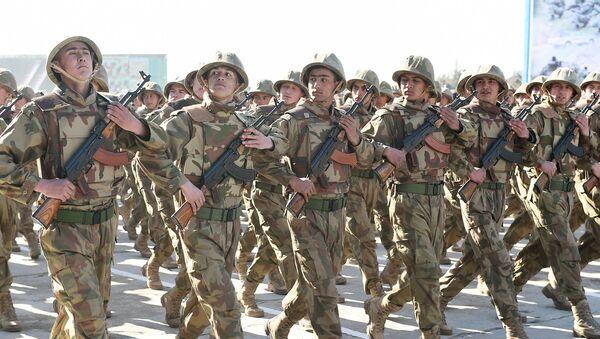 Празднование Дня защитника Отечества и 27-ой годовщины образования вооружённых сил Таджикистана - Sputnik Таджикистан