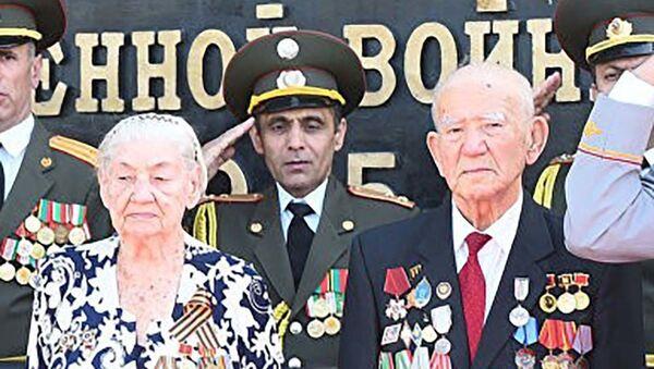 Председатель Совета ветеранов войны и труда Таджикистана Рахмат Кудратов - Sputnik Таджикистан