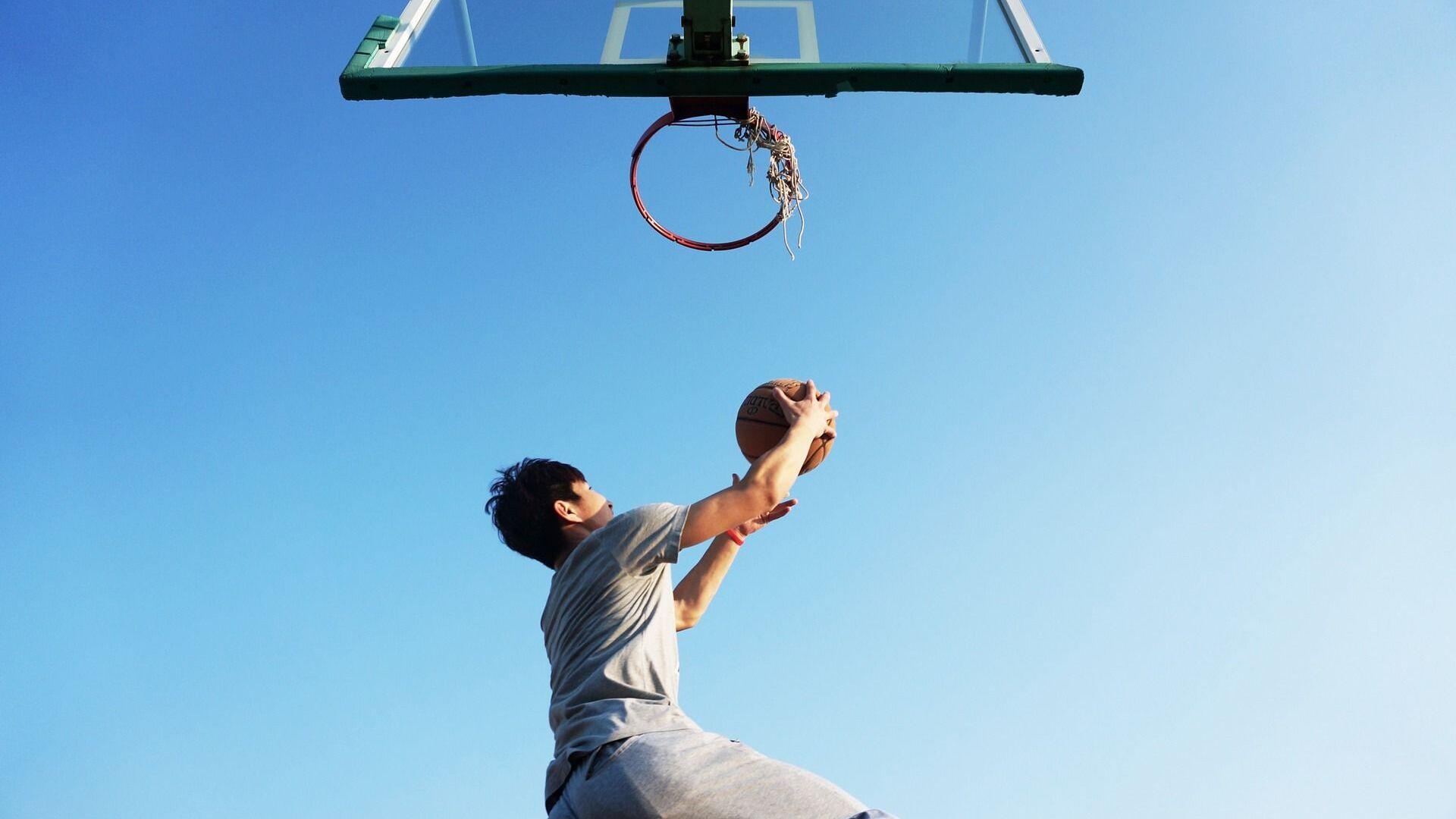 Уличный баскетбол  - Sputnik Таджикистан, 1920, 03.09.2021