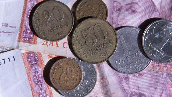 Таджикские деньги, архивное фото - Sputnik Таджикистан