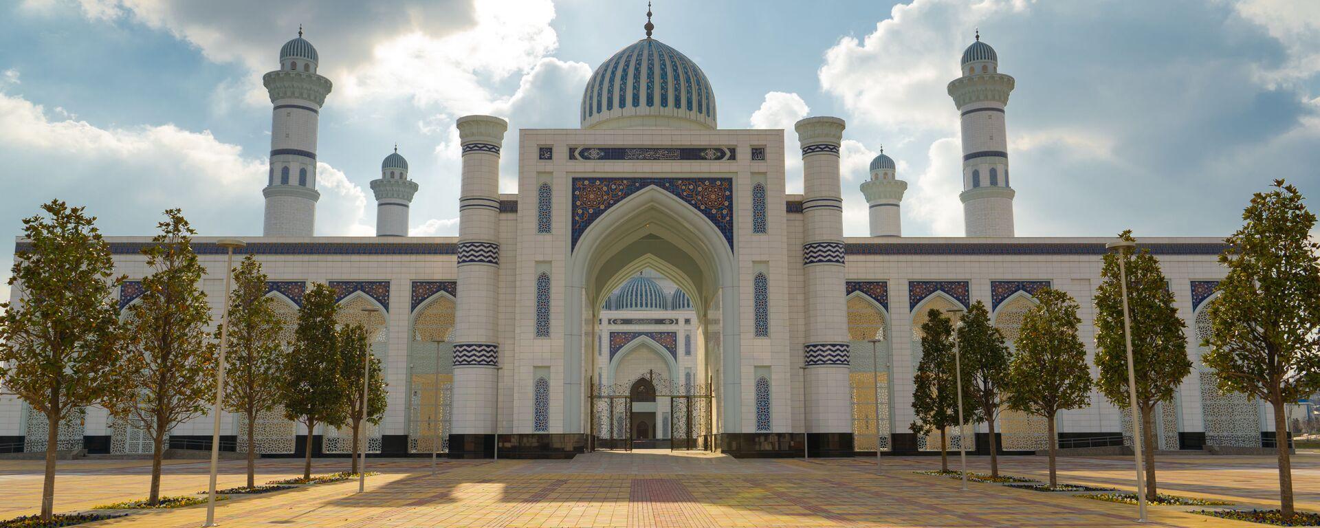 Новая мечеть в Душанбе  - Sputnik Таджикистан, 1920, 06.05.2021