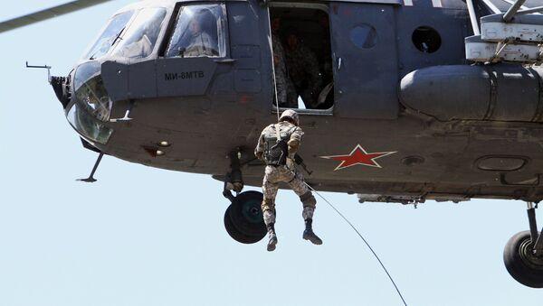 Военнослужащие воздушно-десантных войск России - Sputnik Таджикистан