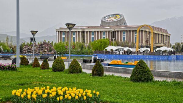 Баҳори шаҳри Душанбе - Sputnik Тоҷикистон