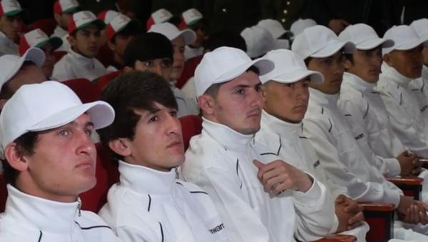 Первая группа призывников отправилась на службу в армию - YouTube - Sputnik Таджикистан