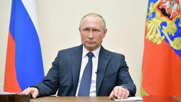 Президент РФ В. Путин выступил с обращением к гражданам - Sputnik Таджикистан