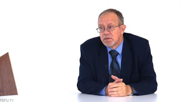 Профессор СПбГУ Александр Кубышкин в гостях у FEFU.Live - Sputnik Таджикистан