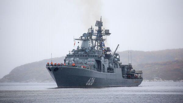 Возвращение отряда кораблей Северного флота с учений в Арктике  - Sputnik Таджикистан
