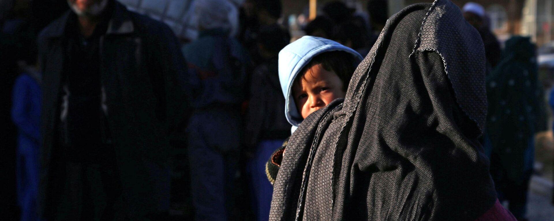 Беженцы из провинции Газни в Афганистане - Sputnik Таджикистан, 1920, 23.07.2021