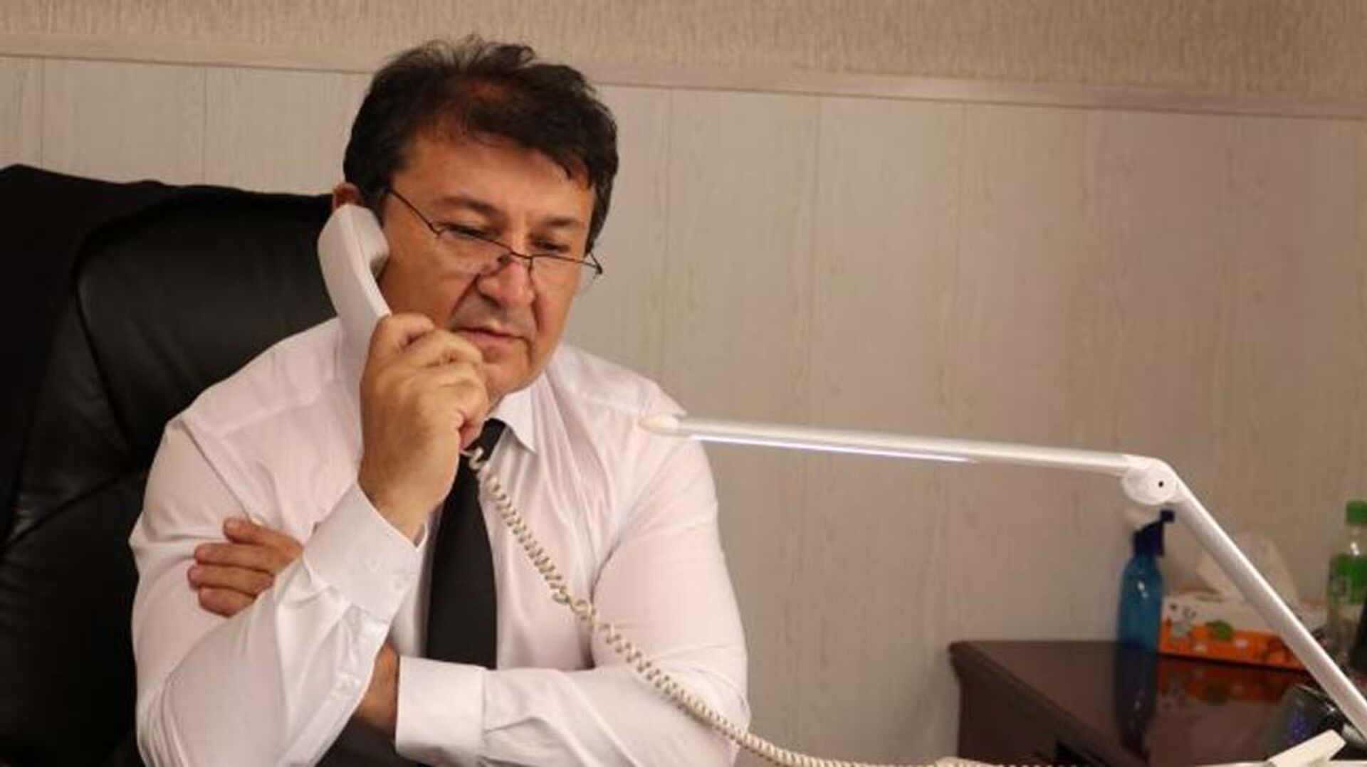 Министр здравоохранения Таджикистана Джамолиддин Абдуллозода - Sputnik Таджикистан, 1920, 04.08.2021