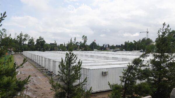 Мобильный госпиталь на стадионе Бофанда - Sputnik Таджикистан