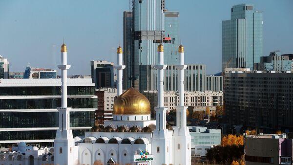 Мечеть Нур-Астана в Нур-Султане. - Sputnik Тоҷикистон