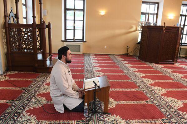 Прямая трансляция праздничного вагаза в Галеевской мечети в Казани - Sputnik Таджикистан