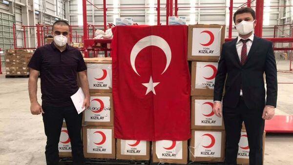 Турция направила в Таджикистан 50 000 защитных масок для поддержки борьбы с пандемией коронавируса - Sputnik Таджикистан