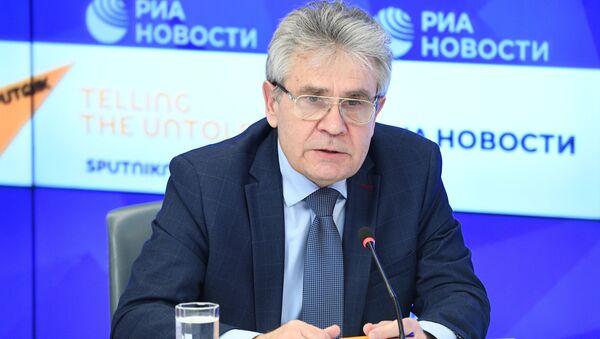 Президент Российской академии наук (РАН) Александр Сергеев - Sputnik Таджикистан