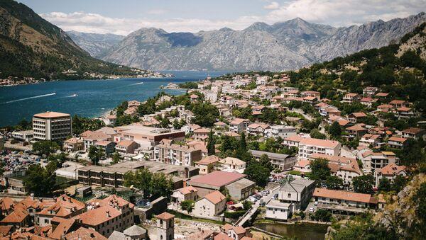 Вид на город Котор и Которский залив в Черногории, архивное фото - Sputnik Таджикистан