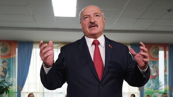 Президент Белоруссии Александр Лукашенко - Sputnik Таджикистан