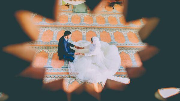 Свадебная пара, архивное фото - Sputnik Тоҷикистон