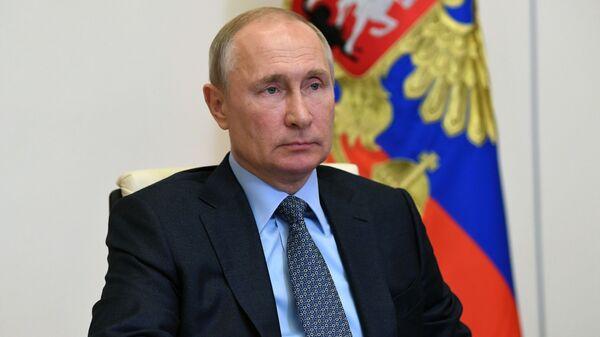Президент РФ В. Путин провел совещание о реализации мер поддержки экономики и социальной сферы - Sputnik Тоҷикистон